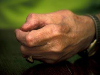 क्यों फैलती और सिकुडती हैं आपकी उंगलियां