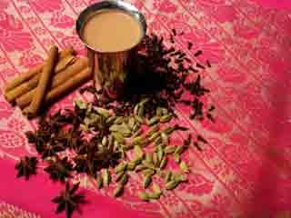 इन 7 कारणों से आप अभी पीना चाहेंगे मसाला चाय