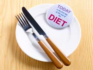 खाना छोड़ने से बढ़ेगा आपका वजन
