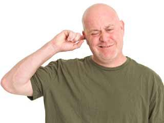घरेलू नुस्खों से दूर करें कान की खुजली