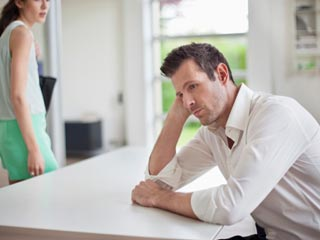 संबंध खराब होने के लक्षणों को समझें