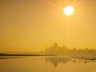 भारत के अत्यधिक गर्म मौसम का सामना कैसे करें