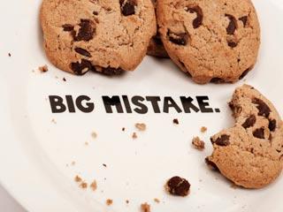 क्या खाते समय आप कर रहे हैं ये गलतियां