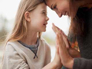 बच्चे की अधिक तारीफ करने से उनपर पड़ेगा ये असर