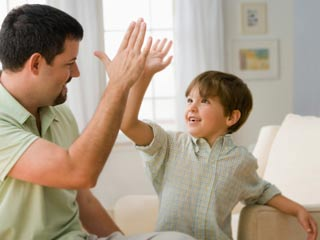 Reasons why you are spoiling your kid with too much praise