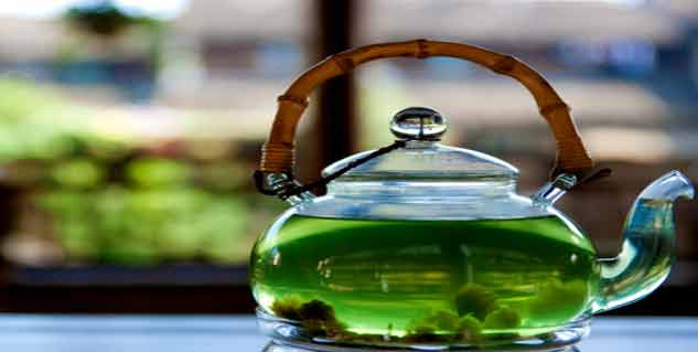 Tea Gives Shining Teeth in Hindi