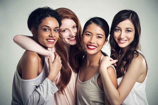 खूबसूरती के लिए ये करती है लड़कियां