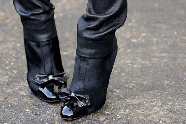 कैप-टो एंकल बूट्स