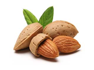 How to use almonds to prevent migraine