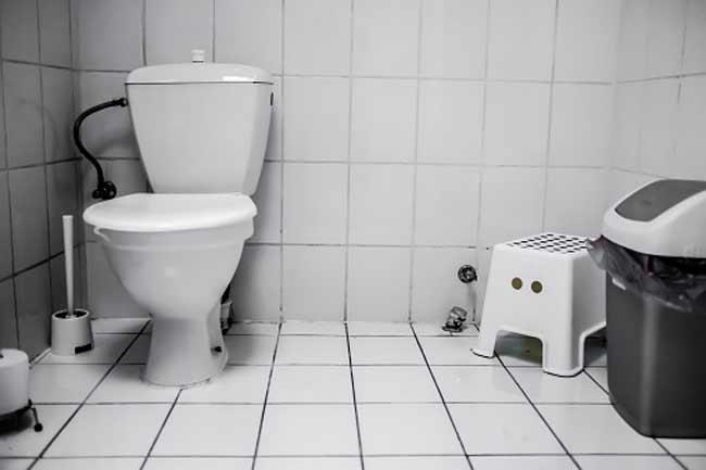बाथरुम जाने में निकालना पड़ता है बार-बार