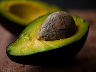 Major health benefits of avocado seeds