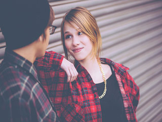 जानें डिमांड न करने वाली लड़की को क्यों न करें डेट