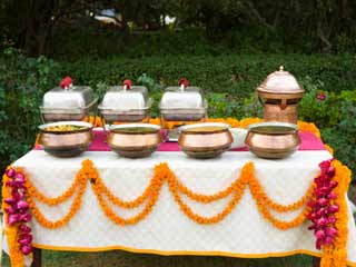 5 Rules to beat over-eating at Big Fat Indian Weddings