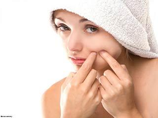 पिम्पल से बचने के लिए त्वचा का कैसे ध्यान रखें