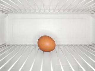 इन कारणों से ना रखें फ्रिज में अंडे