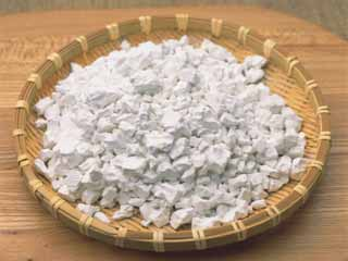 5 benefits of keeping arrowroot powder in your house