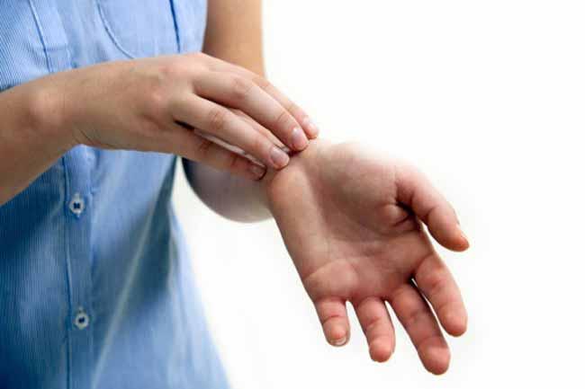 बांह पर त्वचा परीक्षण