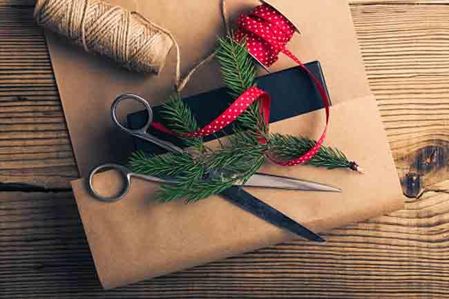उपहार बनाएं