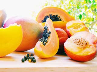 Common myths associated with eating papaya during pregnancy