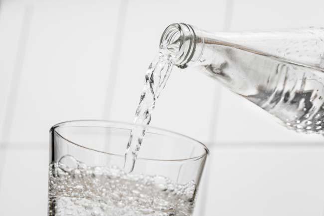 अधिक पानी पीएं