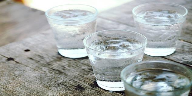 Ice water in hindi