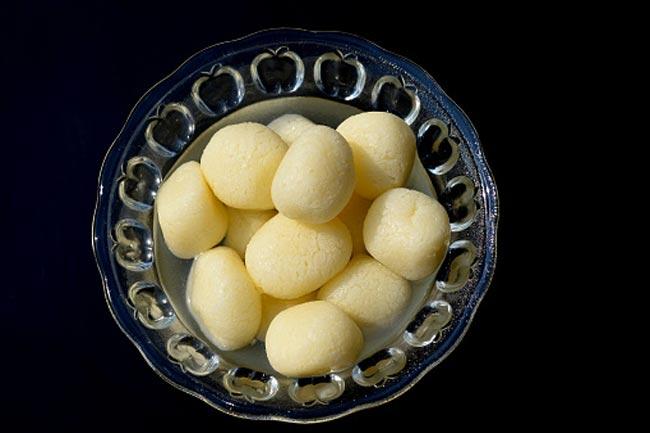 रसगुल्ला से करें मुंह मीठा