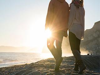 नदी या समंदर किनारे सैर करने या रहने के हैं कई फायदे