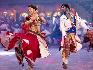 Tips to dress up for dandiya nights this festival season