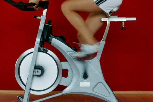 साइकलिंग के बाद स्ट्रेच करें