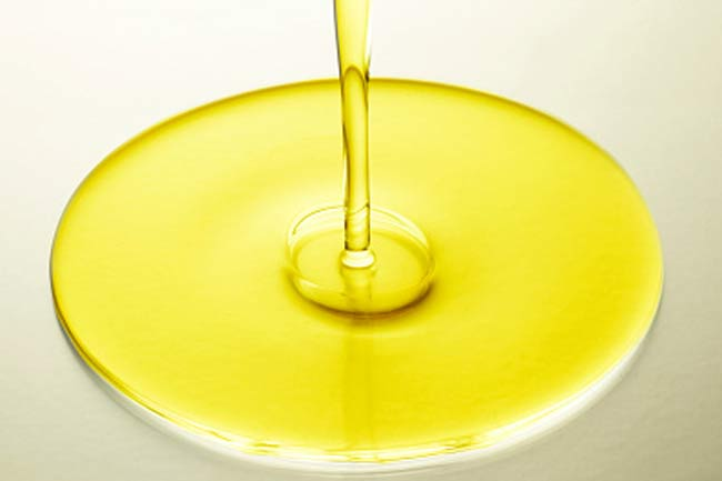 Vitamin E oil for hangnails