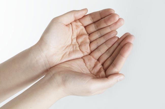 काली हथेलियों मे कम होती है रोग प्रतिरोधी क्षमता
