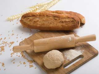 जानें क्या ब्रेड से ज्यादा स्वास्थ्यवर्द्धक है रोटी