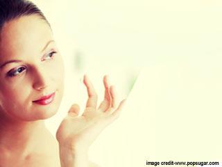 मेकअप से पहले अपनी त्वचा को कैसे तैयार करें