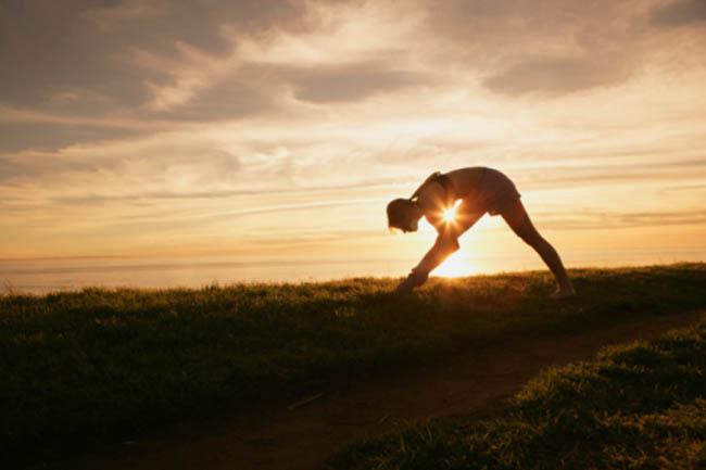 योग, ध्यान और व्यायाम करें
