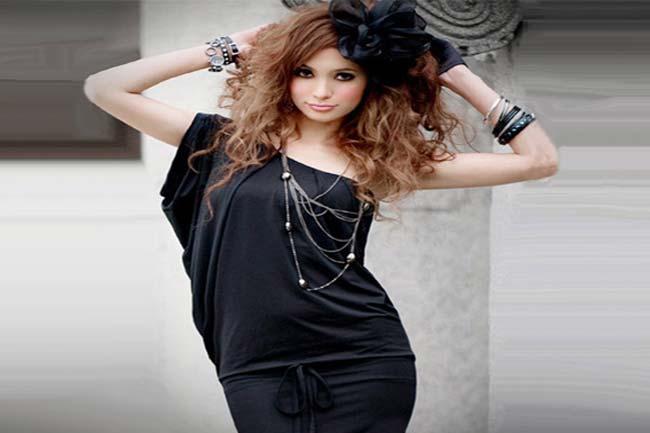 ब्लैक ड्रेस