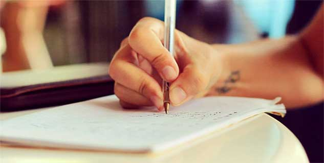 Handwriting Make You Smarter in Hindi