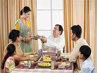 नवरात्र व्रत के दौरान तले-भुने खाने से रखें परहेज