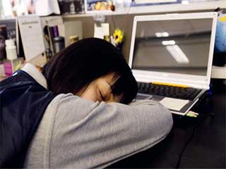झपकी लेने से संबंधित इन तथ्यों से अनजान हैं आप