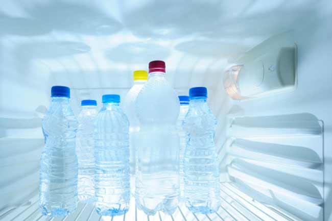 गर्मी में फ्रिज का ठंडा पानी