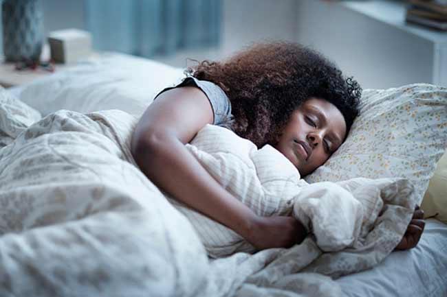 भरपूर नींद लें
