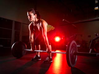 Fitness mantra: 3 reasons why working out at night will help you tone up faster