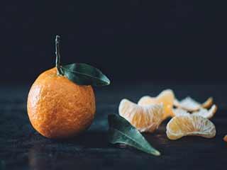 जानें एक्सरसाइज से पहले संतरा खाने से कैसे चेहरे में आता है निखार
