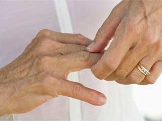 <strong>Natural</strong> arthritis treatment to ease the pain