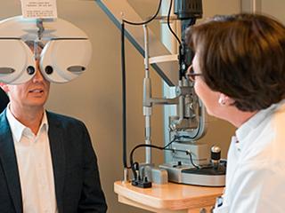 मधुमेह के मरीजों को करानी चाहिए नियमित आंखों की जांच