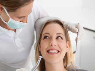 दिल की बीमारियों से बचने के लिए रखें दांतों का ख्याल