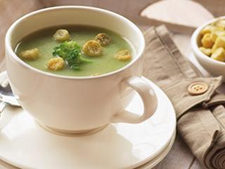 जानें क्यों गर्भावस्था में बेहतर है ब्रोकली सूप