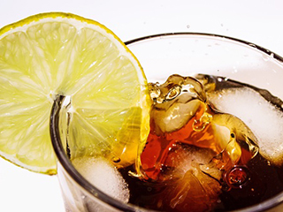 Adverse effects of drinking diet soda on your body