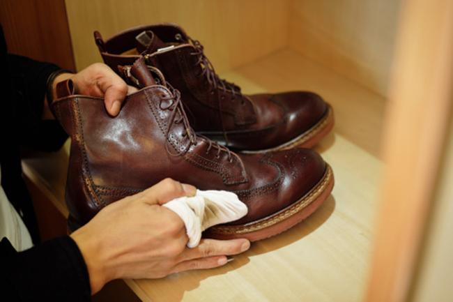 जूतों को साफ करने में मददगार