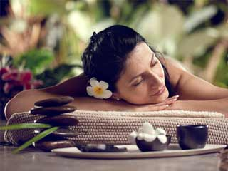 Surprise your sister with a spa gift this Rakhshabandhan