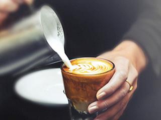 जानें कैसे मतिभ्रम का कारण बनता है कैफीन